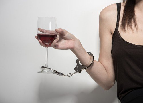 Dangers Of Women and Alcohol Abuse