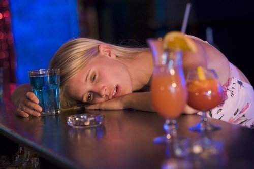 """Drunkorexia"": A Scary Trend in Binge Drinking Disorder"